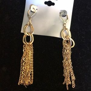 Hanging gold chain earrings